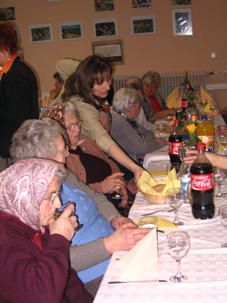 20110227-Oregek_napja-120